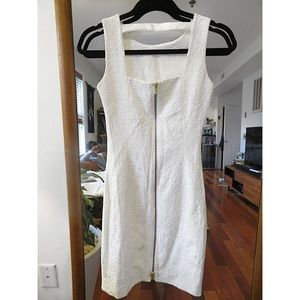 H&M White-Patterned Minidress with Gold Zipper NWT